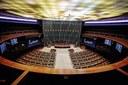 As Sessões permanecem fora da sede do Legislativo